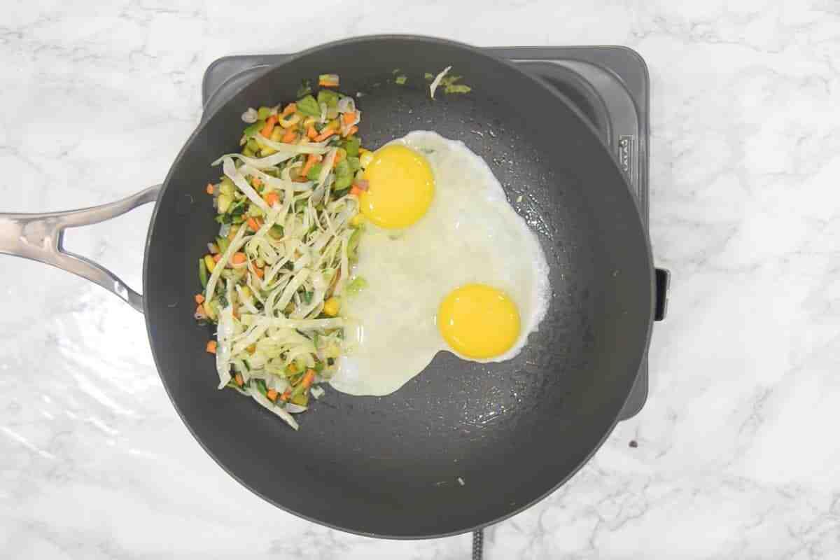 Comment faire du riz sauté aux œufs